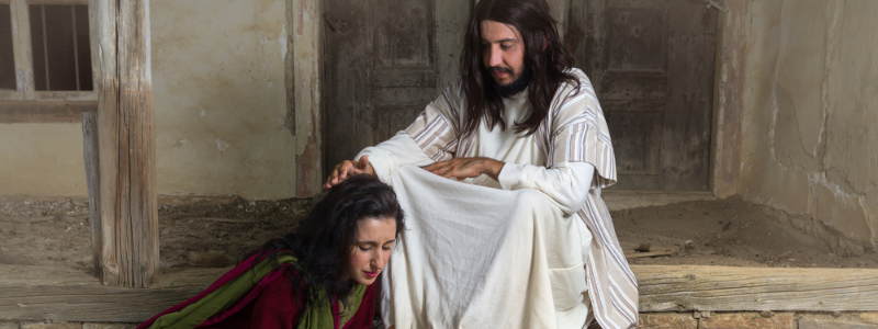 jesus forgiving and helping her How To Get Over Guilt